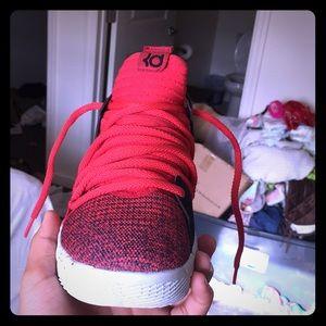 Kd10 red velvet size 7.5